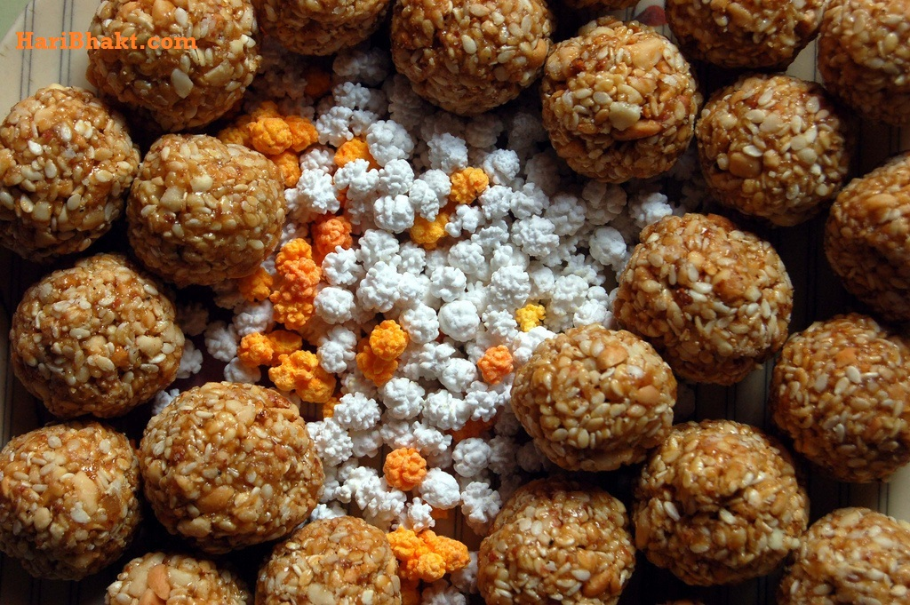 Black and white sesame seeds are used in products like Pinni, til Gachak, til Laddoo