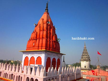 The place where Hanuman was waiting patiently for the darshan during Ram's exile.