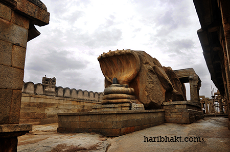 Jatayu is the only creature in entire Ramayan who was given utmost respect by Bhagwan Ram. Ram performed last rites on his own hand for Jatayu and gave him moksha.